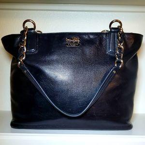 COACH authentic Black Leather Shoulder Bag